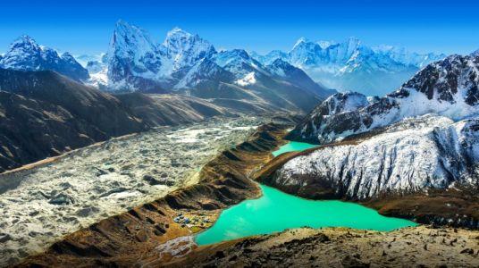 Gokyo Cho Lake, Nepal