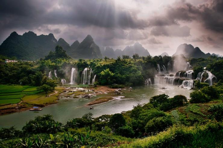 Ban Gioc, China, Vietnam